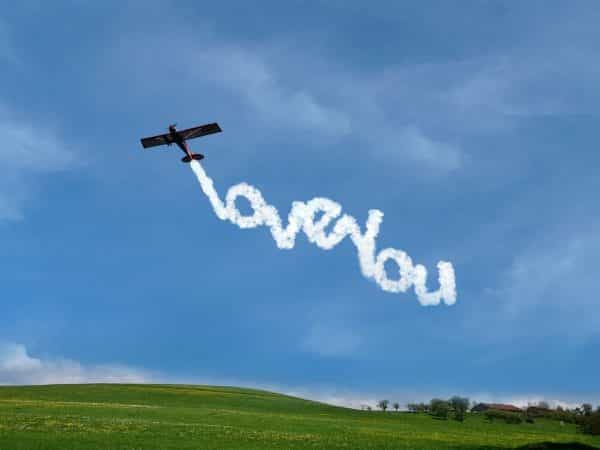 Skywriting I love you message